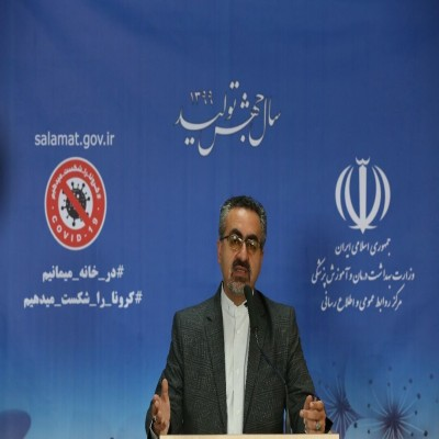 Official: 71 more Iranians die from COVID-19